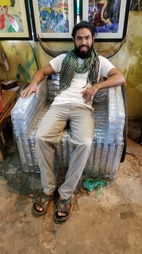 Selong Vat - Trash Art Artist of Cambodia